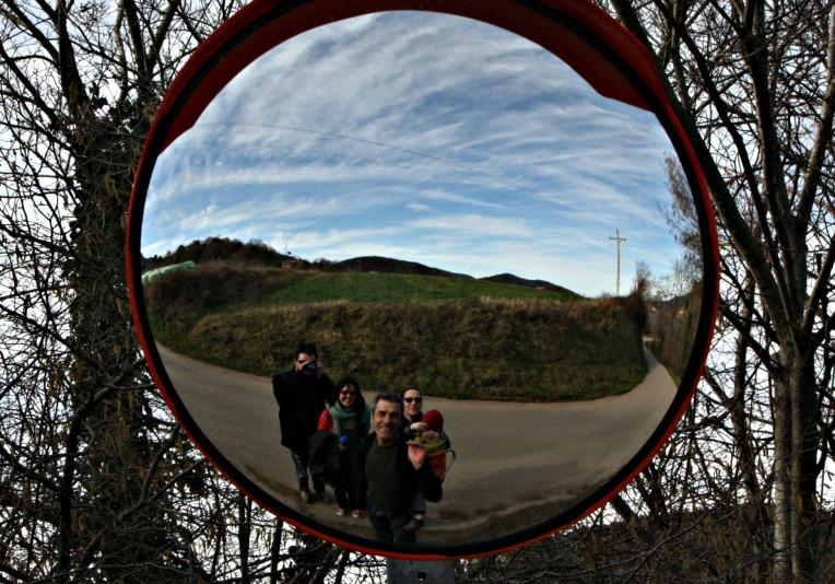 santa pau mirror